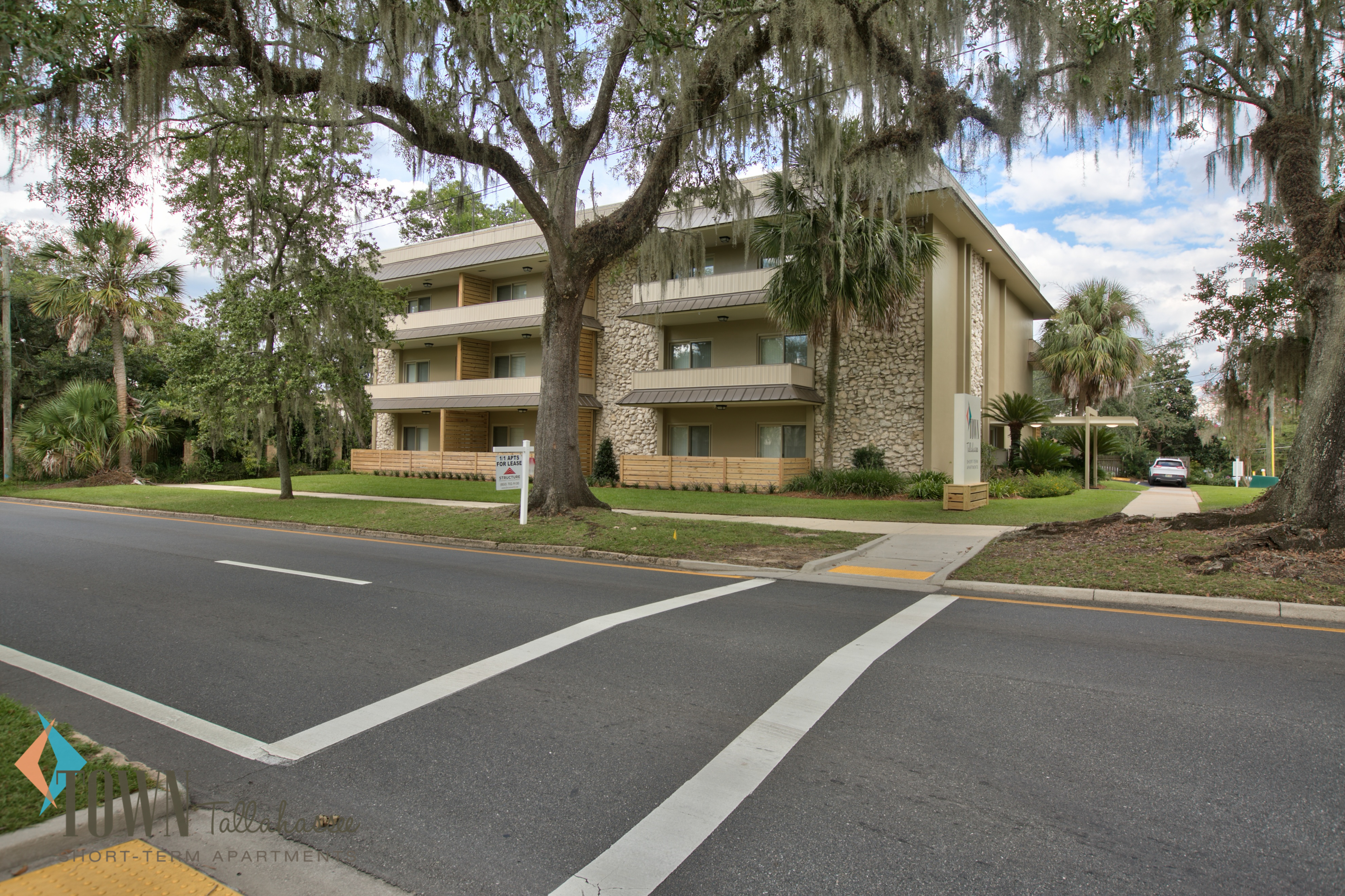 town term management core apartments tallahassee bedroom one short property rental