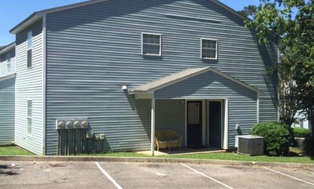 799 Timberwood Cir E, Tallahassee FL 32304-1